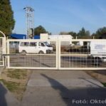 Ipari felhasználású nyíló kapu