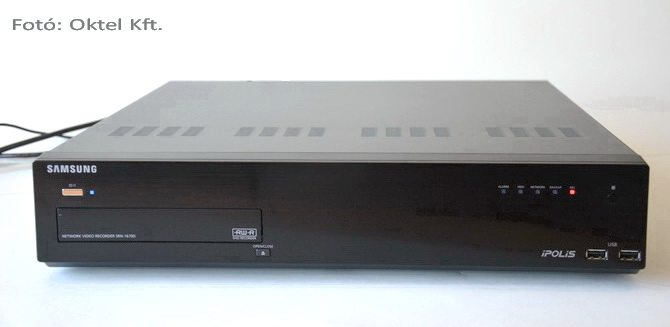 16 csatornás Samsung SRN-1670D NVR (Fotó: Oktel Kft.)