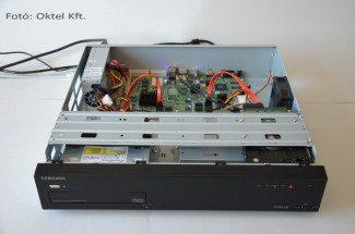 Samsung SRN-1670D NVR belülről