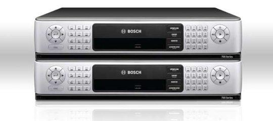 BOSCH DVR700 hibrid DVR (Forrás: www.boschsecurity.us)