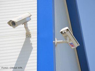Box kamerák kültéri házban